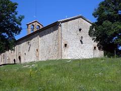 Santuari de Santa Maria de Falgars – La Pobla de Lillet (Manel i Pilar) Tags: arquitectura cel muntanyes vistes natura arbres edifici església romànic
