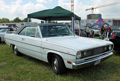 Valiant (Schwanzus_Longus) Tags: big bumper meet oldenburg german germany us usa america american old classic vintage car vehicle coupe coupé plymouth valiant