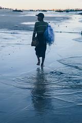 Ngapali Beach, Myanmar, January 2019 (Etienne Gab) Tags: ngapali beach myanmar birmanie burma asia asie ocean indien indian place thandwe rakhine arakan state sunrise dusk dawn sea sky pagoda pagode stupa stûpa canon canonef2470mmf28lusm 5d markiii mark3 boat boats fisherman fish fishing net bouddhisme buddhism buddha bouddha
