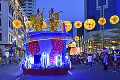 Chingay @ Chinatown (chooyutshing) Tags: performersdecoratedfloat lightedup display rhapsodyinrhythm chingaychinatown eutongsenstreet chinesenewyear2019festival celebrations attractions peoplesassociation selectgroup peachgarden singapore