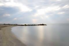 Quiétude (Un instant.) Tags: mer borddemer poselongue calme look sud méditerranée