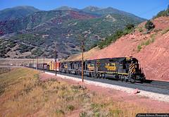 Color in the Canyon (jamesbelmont) Tags: riogrande emd sd40t2 tunnelmotor drgw 242 spanishforkcanyon diamondfork castilla utah railway