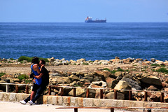 Goodbye Kiss.jpg (gtaveira) Tags: girlfriend kiss blue ship 250mm boyfriend beach t1i couple love landscape ocean canon rebel passion romance porto portodistrict portugal pt
