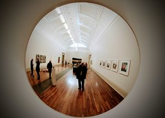 Involuntary Selfy (Dan Guimberteau) Tags: london londres uk great britain united kingdom england museum photography photo photographer art dxo photolab viewpoint