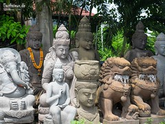 The Peace Connection (Stefan Beckhusen) Tags: buddha ganesha hinduism hindu statues sculptures religion spirituality streetview color sunny day figures bali indonesia asia