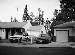 Santa Clara (bior) Tags: 6x45cm mediumformat 120 ilford fp4 fp4plus ilfordfp4 santaclara car street house home driveway pentax645nii