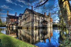 Baddesley Clinton (Raphooey) Tags: gb uk england midlands warwickshire baddesley clinton national trust house property tudor mansion moat moated waterstone stones roof water duck canon eos 6d mk mark ii 2 hdr