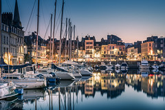The mildness of evening (Sizun Eye) Tags: honfleur normandy normandie france vieuxbassin old harbor marina yacht bateaux architecture travel landmark sizuneye nikon1424mmf28 nikond750 1424mm