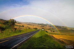 Beautiful rainbow on our way to San Jose (Thijs de Groot Photography) Tags: raindrop rainbow rain corcovado landscape road mountains costarica thysphotography thijsdegroot fotografie foto beautyful clouds travelphotography colorfull