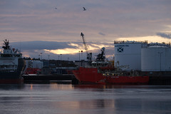 Aberdeen Harbour - IMG_2164 (406highlander) Tags: aberdeenharbour water ship ships marine boat vessel northsea aberdeen scotland sigma120400mmf4556apodgos canoneos6d