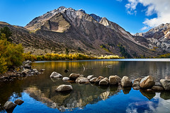 Everything seems perfect here (AgarwalArun) Tags: sony a7m2 sonyilce7m2 landscape scenic nature views easternsierra bishopca lakes leaves autumn fallfoliage mountains inyonationalforest convictlake