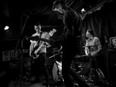 Contractions (Eusèbe Kainzow) Tags: indierock pop garage live sonic besançon lyon péniche noiretblanc blackandwhite musique music groupe band contractions bisontins punkrock scene concert numérique d800