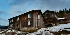 Harstad Valle 271218-2 (Geir Daasvatn) Tags: harstad valle oldbuilding oncewashome setesdal kulturminne