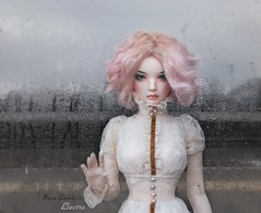 Tap tap 👻 (pure_embers) Tags: pure embers bjd sd 13 doll dolls normal skin ns uk supia rosy electra girl supiadoll pureembers emberselectra photography photo ball joint resin angeltoast faceup portrait pink hair shelter rain taptap story ghostly etherealacreations