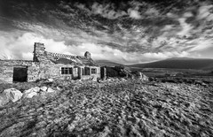 Maen y Gaseg (Ffotograffiaeth Dylan Arnold Photography) Tags: house cottage abandoned derelict ruin landscape monochrome blackandwhite texture sky rocks clouds grass field outdoors rustic rural moody bucolic sleepy roof slate rotting decaying decay structure building farm farming agriculture agricultural farmland countryside rurex windows contrast dwelling cwmsilyn eryri sonwdonia cymru wales northwales nantlle quiet peaceful tranquil