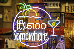 It's 5:00pm Somewhere Neon SIgn (Mabry Campbell) Tags: americana harriscounty houston texas usa alcohol antique drink image logo neon photo photograph saying sign f28 mabrycampbell march 2019 march72019 20190307houstoncampbellh6a4315 100mm ¹⁄₁₀₀sec 250 ef100mmf28lmacroisusm