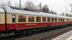 Rheingold Dining car (Schwanzus_Longus) Tags: papenburg german germany train station passenger express tee trans europ europa europe rheigold car dining old classic vintage railroad railway