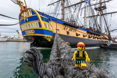Escaping the Hermione (2018) #TBT (Ballou34) Tags: 2018 7dmark2 7dmarkii 7d2 7dii afol ballou34 canon canon7dmarkii canon7dii eos eos7dmarkii eos7d2 eos7dii flickr lego legographer legography minifigures photography stuckinplastic toy toyphotography toys sète occitanie france fr stuck in plastic boat hermione pirate rope water sea harbour