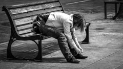 Girl on a bench in Nice France 17/4 2011, (photoola) Tags: nice street sv photoola bänk france monochrome blackandwhite bench