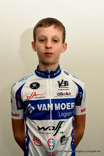 Van Moer Logistics Cycling Team (17)