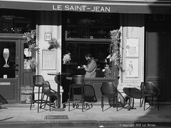 Saint Jean (Spotmatix) Tags: 1232mm belgium brussels camera effects landscape lens monochrome omdem10ii olympus places shopwindow street streetphotography urban zoomstd