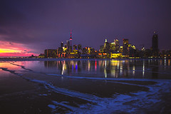 On January 2nd 2018 Lake Ontario was frozen (A Great Capture) Tags: coast frozen ice winter 2018 january colors colours l'hiver agreatcapture agc wwwagreatcapturecom adjm ash2276 ashleylduffus ald mobilejay jamesmitchell toronto on ontario canada canadian photographer northamerica torontoexplore city downtown lights urban night dark nighttime cold snow weather light sun sunny sunshine sunlight sunset atardecer cityscape urbanscape eos digital dslr lens canon rebel t5i scenery scenic sky himmel ciel natural overcast cloudy reflection mirror glass reflections outdoor outdoors outside vibrant colorful cheerful vivid bright