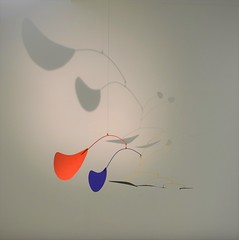 Calder (Chaufglass) Tags: calder art moderne mobile abstrait ombres couleurs légèreté