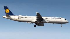 Airbus A321-231 D-AIDU Lufthansa (William Musculus) Tags: plane spotting aviation airplane william musculus daidu lufthansa airbus a321231 lh dlh frankfurt am main rhein frankfurtmain fraport fra eddf a321200