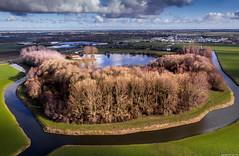 De Weel (Emil de Jong - Kijklens) Tags: braken drone meer meertje heerhugowaard westfriesland wolken clouds tree trees bomen air fotografie photography recreatiegebied landscape sky lake