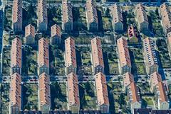 Alte Heide, Settlement In Munich (Aerial Photography) Tags: by m obb 10032003 alteheide bavaria bayern dach deutschland dietersheimerstrase echingerstrase farbe fotoklausleidorfwwwleidorfde fotoklausleidorfwwwleidorfaerialcom fröttmaningerstrase germany grafik grün haus linien luftaufnahme luftbild munich münchen p1 reihen rot s2p07839 siedlung wohnblock wohngebiet wohnhaus wohnsiedlung wohnstrase wohnung wohnungsbau wohnviertel ziegelrot aerial apartment apartmentblock apartmentbuilding apartmentconstruction brickred color colour flat graphicart graphics green housbuilding house housingblock housingcomplex housingestate lines livingarea livingstreet neighborhood neighbourhood outdoor red residence residentialcomplex residentialdistright residentialhouse residentialroad roof rows settlement verde bayernbavaria deutschlandgermany deu