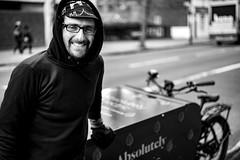 Paolo & Bike (Foto John) Tags: leica leicammonochrom246 leicammonochromtyp246 summicronm50mmƒ2iv rangefinder streetphotography blackwhite blackandwhite blackandwhitethatsright monochrome 246 people man bicycle electricbike bakfiets brazilian cyclist courier cyclecourier london uk