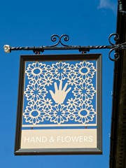 Maidenhead, Berkshire (cherington) Tags: handflowers maidenhead england unitedkingdom pictorialsigns pubsigns traditionalpubsigns englishpubsigns socialhistory innsigns