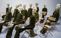 Groupe de 13 - Hommage à Amnesty International, 1968 (CORMA) Tags: españa 2018 spain espagne andalousie andalucia europe europa málaga centropompidou evaaeppli costadelsol mannequin