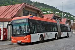 Bergen, Strandkaien 10.06.2018 (The STB) Tags: bergen norway norge bus busse buss autobus autobús publictransport citytransport öpnv kollektivtrafikk offentligtransport trolleybuss trolleybus oberleitungsbus obus