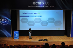 16th IBS Career Forum 2019 - Finance, Accounting, Consulting, HR_0206 (ISCTE - Instituto Universitário de Lisboa) Tags: fotografiadehugoalexandrecruz 16thibscareerforum ibscareerforum2019 carrerforum ibs iscteiul 2019 20190206 finance accounting consulting humanresources reitoradoiscteiul