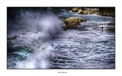Shudder before the beautiful ... (michel di Méglio) Tags: wave storm tempête couleurs colors olympus 45mm marseille beach plage splash