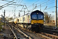 66780 - Ipswich - 21/02/19. (TRphotography04) Tags: cemex liveried gb railfreightgbrf 66780 speeds past ipswich hauling 6a32 1334 north walsham gbrf harwich refinery crls slvs tanks
