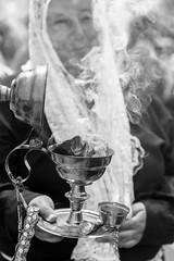 Lunahuaná, Procession (_aires_) Tags: lunahuaná limaregion peru pe aires iris smoke incense embers incenseholder procession woman portrait canoneos5dmarkiv canonef2470mmf28liiusm lunahuanácañeteperu