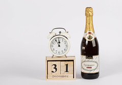 Day 31 of December set on wooden calendar with champagne bottle (wuestenigel) Tags: 2018 date concept decoration champagne newyear celebrate holiday 2019 wine wein noperson keineperson champagner drink getränk bottle flasche glass glas alcohol alkohol luxury luxus victory sieg toast isolated isoliert beer bier one ein