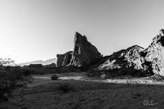 Red Dawn in the desert (Paio S.) Tags: desert red dawn landscape light free salta argentina canon sky bw monochrome