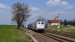 151 018 + 189 917 + 189 (MRCE) / Lokomotion - Hilperting (lukasrothmann) Tags: bayern oberbayern heimat trains hilperting train 151 lokomotion altbau elektrolok klv lok lokomotive blockstelle