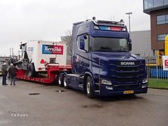 P1124050 (HenryTransport) Tags: trucks zwaartransport broshuis broshuistrailers transport wegtransport vrachtwagens vrachtauto kampen broshuisevent daf scania man volvo
