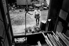 memories 666 (soyokazeojisan) Tags: japan osaka city people bw blackandwhite monochrome analog olympus m1 om1 21mm film trix kodak memories 1970s
