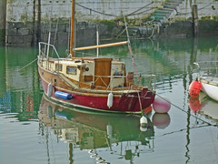Contrasts (Carrignafoy) Tags: cobh cork ireland harbour boat yacht sail