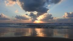 Закат (unicorn7unicorn) Tags: закат облака отражения море 365the2019edition 3652019 day76365 17mar19 israel ישראל
