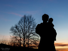 """""""Watching the sunset"""" (Terje Helberg Photography) Tags: child mother people silhouette statue sunsetsky trees sunset sky backlit dramatic twilight"""