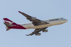 """Qantas Boeing 747-438 """"Lord Howe Island"""" VH-OJU (pointnshoot) Tags: canonef300mmf28lisiiusm qantas boeing747 b744 lordhoweisland vhoju shorelinelake shorelinelakepark"""