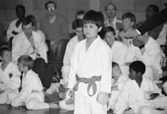 Katsu Karate 1987 pic11 (walljim52) Tags: katsu karate burntwoodrecreationcentre 1987 sport man woman child dojo mono blackandwhite