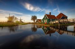 Afternoon in Zaanse Schans (Atfunk Photography) Tags: evening zaandam zaanse schans holland paises bajos canon eos r le