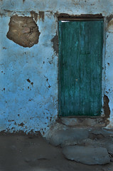 (Ghada Elchazly) Tags: egypt aswan colorsinourworld coloredwalls colors colorful coloredhouses doors door green details street texture cracks wall walls ngc flickr